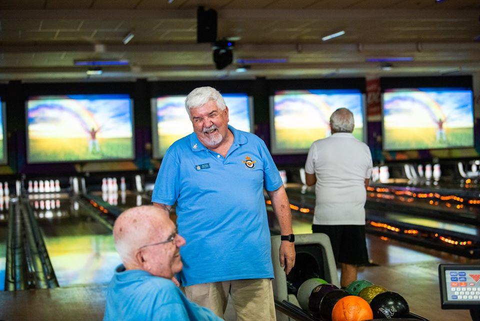 Bas Bowling 2.jpg